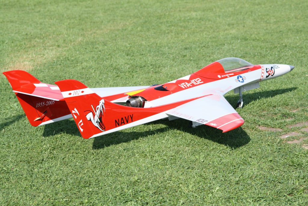 Feibao Velox mit Jet Cat P90RXi = 418 km/h